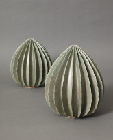 Medium and Large Pods in Silky Green