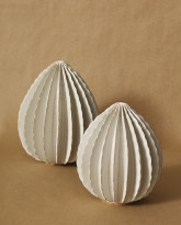 Large and Medium Pods in Creamy White